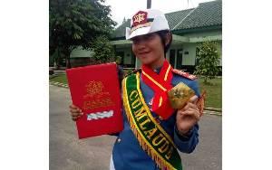 Satu-satunya di Kalteng, Putri Daerah asal Kotawaringin Timur Lulus Akademi Militer dengan Predikat Cumlaude