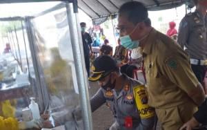 Tim Gugus Tugas Pulang Pisau Lakukan Rapid Test Massal di Belanti Siam