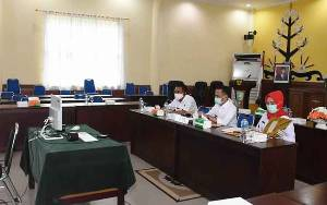 Wali Kota Palangka Raya Ikuti Rakor Pemantapan Pilkada 2020