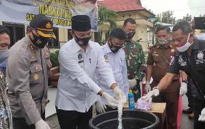 Polres Sukamara Musnahkan 89 Gram Sabu