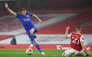 Arsenal Vs Leicester 1-1, Brendan Rodgers Bela Keputusan Wasit