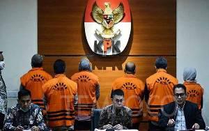 KPK Geledah 10 Lokasi Terkait OTT Bupati Kutai Timur