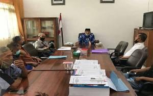 Forum RT Kelurahan Selat Hilir Datangi DPRD Kapuas Sampaikan Pernyataan Sikap Terkait Mutasi Lurah