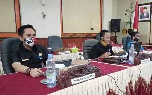 Fraksi DPRD Barito Timur Sampaikan Pemandangan Umum Terhadap Raperda Pertanggungjawaban APBD 2019