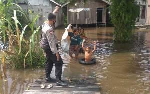 Banjir di Kelurahan Baru, 4 RT Tergenang Air