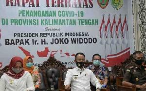 Wali Kota Palangka Raya dan Jajaran Ikuti Rapat Terbatas Bersama Presiden Jokowi