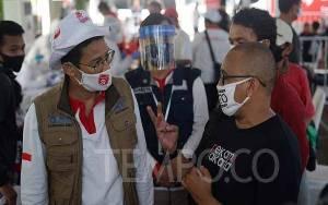 Relawan Sandiaga Uno Gelar Rapid Test Covid-19 di Waduk Pluit