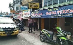 Personel Polsek Selat Rutin Patroli Cegah Gangguan Kamtibmas