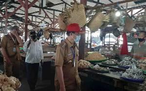 Pedagang Juga Adukan Kerusakan Sejumlah Fasilitas Pasar Kuala Pembuang ke Bupati Seruyan