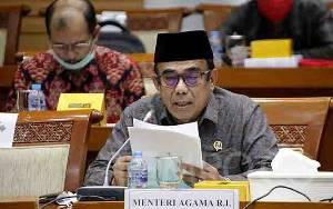 Menag Fachrul Razi Memberi Bantuan Rp 65 M di Program Kita Cinta Papua
