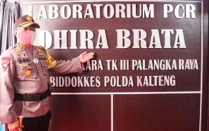 Laboratorium PCR di Rumah Sakit Bhayangkara Pertama di Kalteng
