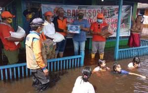 BPBD Kobar Salurkan Bantuan untuk Warga Terdampak Banjir di Kecamatan Arut Selatan