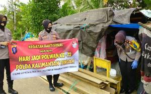 Polwan Polres Barito Utara Bagikan Paket Sembako saat Peringatan Hari Jadi Polwan ke 72
