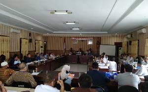 PT Betang Tak Mau Tanda Tangani Berita Acara Hasil Rapat Lahan Kuburan