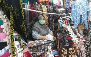 Jurus Penjual Batik Pasar Beringharjo Yogyakarta Lariskan Dagangan Saat Pandemi