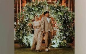 Mutia Ayu Hadiahi Diri Sendiri Lagu untuk Setahun Menikah dengan Glenn Fredly