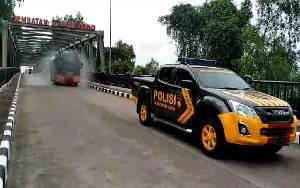 Polres Seruyan Kembali Lakukan Sterilisasi Dengan Mengerahkan Mobil AWC