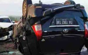 Dua Mobil Bertabrakan di Jembatan Tumbang Nusa