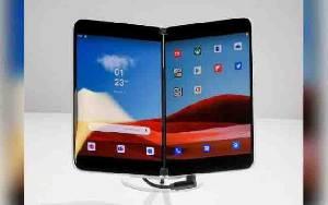 Ponsel Lipat Microsoft Surface Duo Mulai Pre-order, Berapa Harganya
