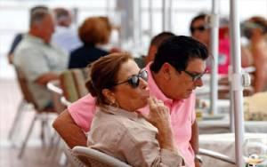 Spanyol Terapkan Larangan Merokok untuk Cegah Penyebaran Virus Corona