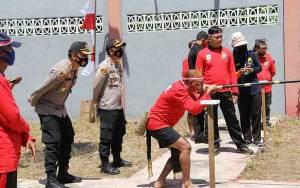 Polres Kapuas Adakan Lomba Manyumpit Meriahkan HUT ke 75 Kemerdekaan RI