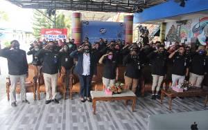 Karyawan TVRI Kalteng Ikuti Pengibaran Bendera Merah Putih 1.000 M2 Secara Virtual