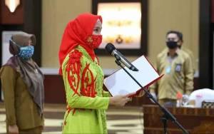 Ketua TP PKK Kalteng Kukuhkan Pengurus Daerah IBI Periode 2018-2023