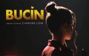 Bioskop Masih Tutup, Film Bucin Tayang Perdana di Netflix