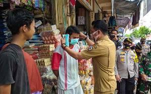 Bupati Kotim Bersama Unsur FKPD Razia Masker di PPM Sampit