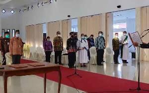 Bupati Sukamara Harapkan 64 Pejabat Yang Baru Dilantik Ciptakan Pemerintahan Baik