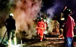 Rumah Warga di Jalan Bengaris Ludes Terbakar