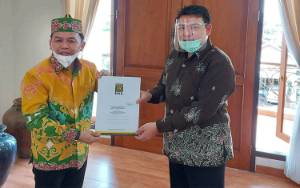 Alasan PKS Usung Sugianto Sabran - Edy Pratowo