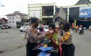 Patroli KRYD Polres Barsel Gencar Kampanyekan Gebrak Masker