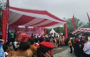 Deklarasi Pasangan Sugianto Sabran - Edy Pratowo Diguyur Hujan Berkah