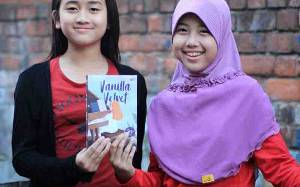 2 Gadis Cilik Indonesia ini Terbitkan Novel Bahasa Inggris