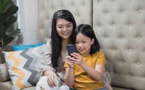 Aplikasi Ini Membantu Orang Tua Mengawasi Aktivitas Anak di Telepon Genggam