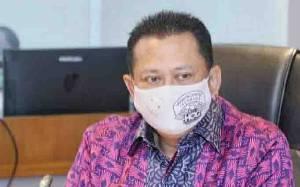 Ketua MPR Minta Masyarakat Tak Terpengaruh Hoaks Isi UU Cipta Kerja