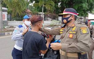 Satpol PP Barito Timur Terus Operasi Yustisi Bersama TNI - Polri