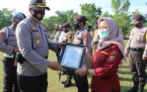 Polres Sukamara Berikan Reward Kepada Borneonews