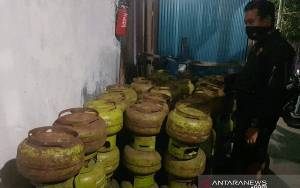 Pangkalan Jual Elpiji 3 kg di Atas HET Dibongkar Polisi