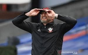 Hasenhuettl Berharap Southampton Jalani Hari Baik Lawan Tottenham
