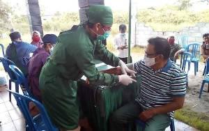 Satgas TMMD Imbangan ke 109 Kodim Palangka Raya Laksanakan Pelayanan Kesehatan Gratis