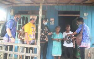 Pemerintah Desa Lubuk Hiju Bagikan 1.400 Pcs Masker kepada Warga