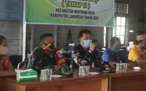 Camat Menthobi Raya Sosialisasi Perbup Protokol Kesehatan Covid-19 di Desa Lubuk Hiju