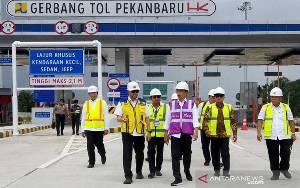 Presiden Jokowi Resmikan Jalan Tol Pekanbaru - Dumai