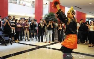 Melihat KJRI Shanghai Gelar Indonesia Fair