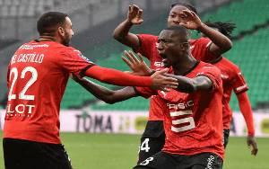 Rennes Ambil Alih Puncak Seusai Taklukan Saint-Etienne 3-0
