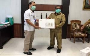 Plt Gubernur Kalteng Serahkan Ventilator untuk Kabupaten Barito Utara