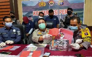 Polisi Ringkus 3 Penjudi Online di Sampit