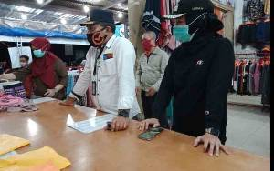 Tidak Laksanakan Protokol Kesehatan, Pedagang Pakaian di Jalan Pelita Ditegur